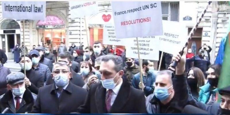 خبرنگاران اعتراض باکو به قطعنامه سنای فرانسه درباره قره باغ
