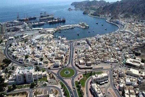 عمان همه مرزهای زمینی، دریایی و هوایی خود را می بندد