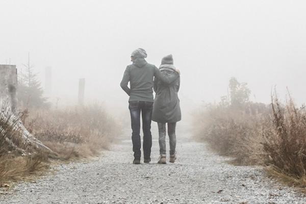 چگونه با دوستی که فکر خودکشی دارد، صحبت کنیم؟