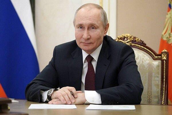 پوتین می تواند دو دوره دیگر نامزد ریاست جمهوری روسیه گردد خبرنگاران