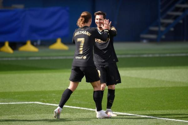 (ویدیو) خلاصه بازی ویارئال 1 - 2 بارسلونا 5 اردیبهشت 00