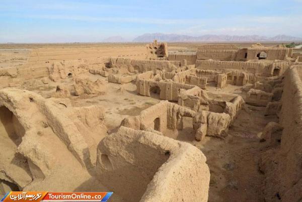 بودجه 5 میلیارد ریالی برای بازسازی قلعه تاریخی فتح آباد زرند