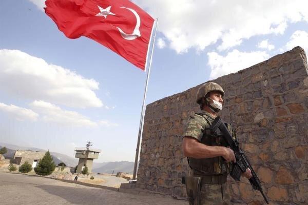 حمله 2 پهپاد به یک پایگاه نظامی ترکیه در دیاربکر