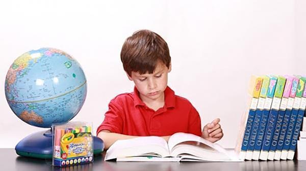 کتاب؛ یار مهربانی که باید فرزندانمان را از کودکی با آن آشتی دهیم
